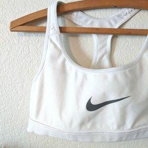 Nike Reversible Sports Bra / Small
